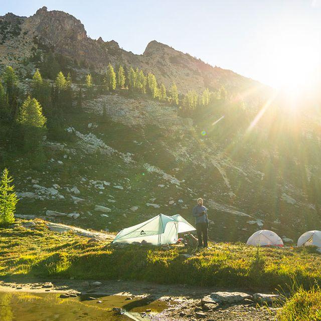 backcountry-tent-gear-patrol-full-lead