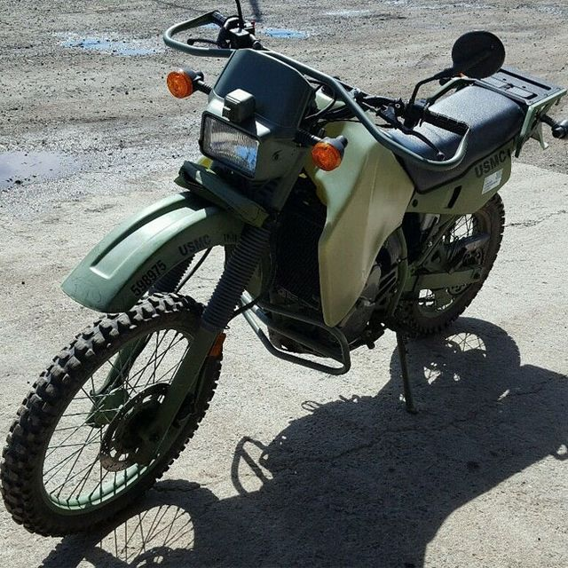 vintage-off-road-moto-gear-patrol-full-lead