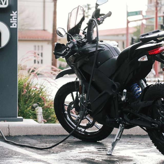 e-motos-gear-patrol-lead-full