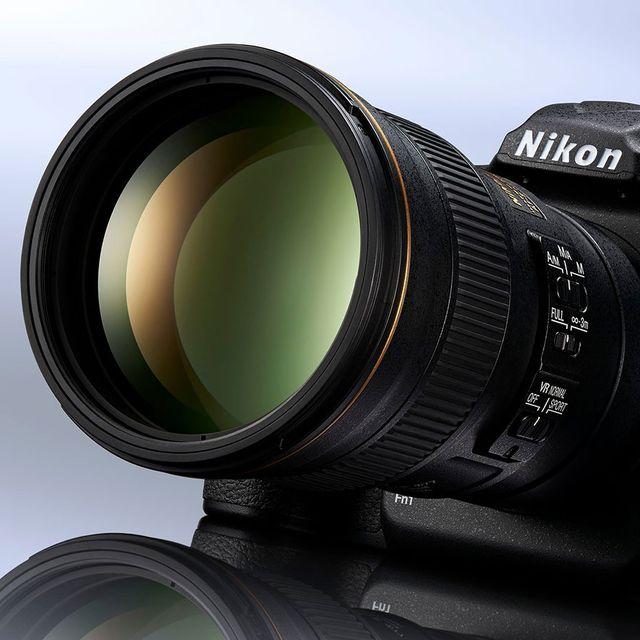 nikon-d500-gear-patrol-center-white