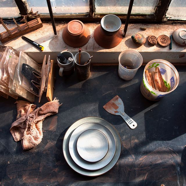 Jono-Pandolfi-pottery-gear-patrol-970-retina-7