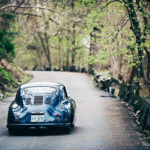 Emory-Porsche-Wallpaper-Gear-Patrol-Lead-Full