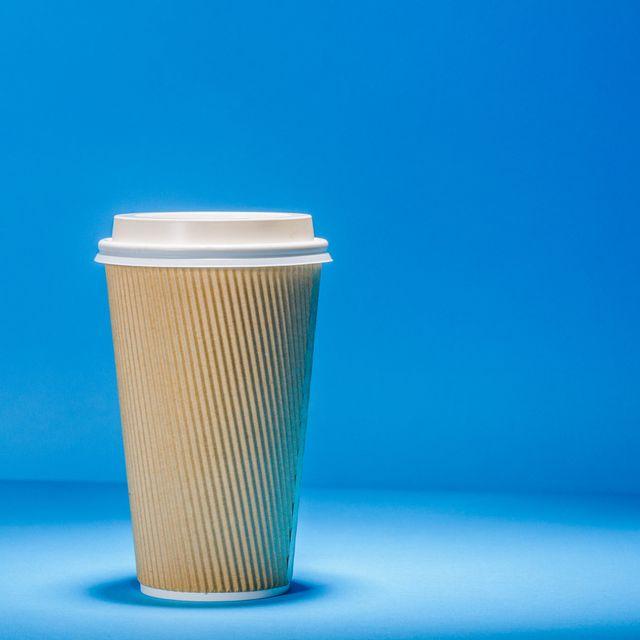 one-dollar-coffee-cup-gear-patrol-full-lead-HP