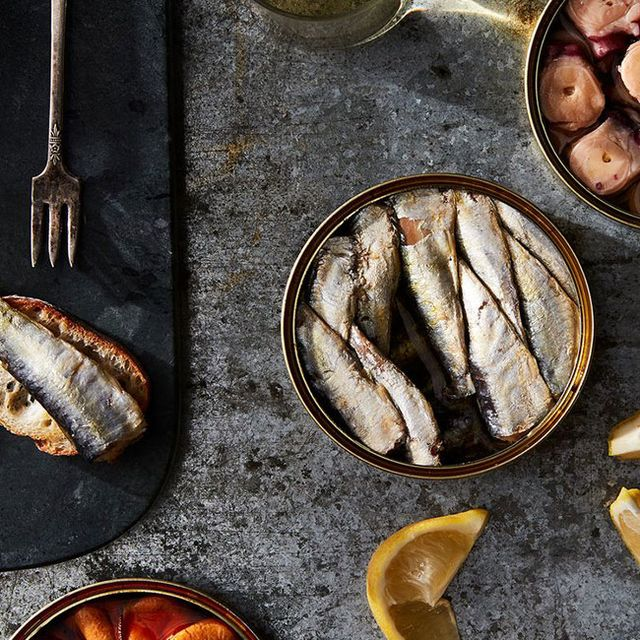 spanish-seafood-gear-patrol-full-lead