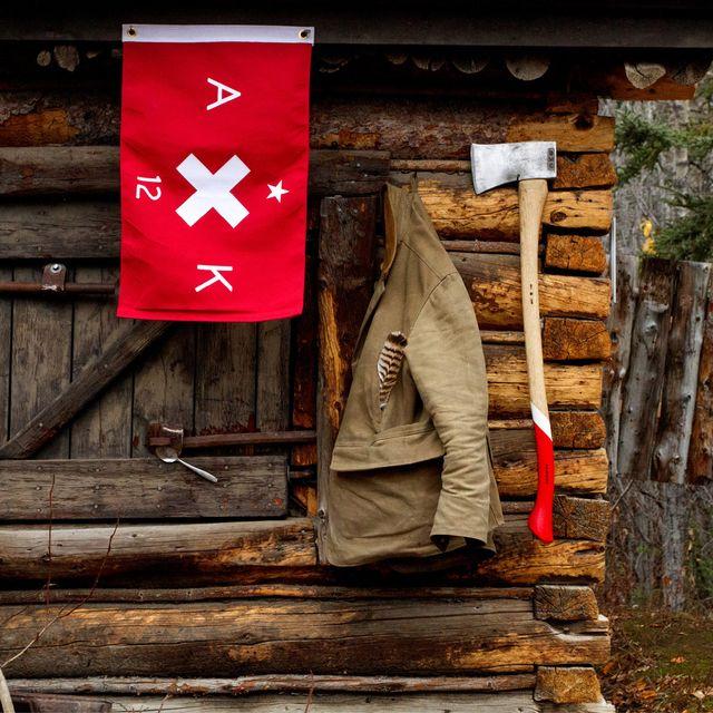 Vintige-Inspired-Camping-Gear-Patrol-Lead-Full