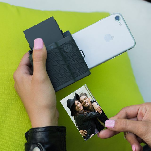 3-Unique-Smartphone-Accessories-For-Better-iPhone-Photos-Gear-Patrol-Full-Lead