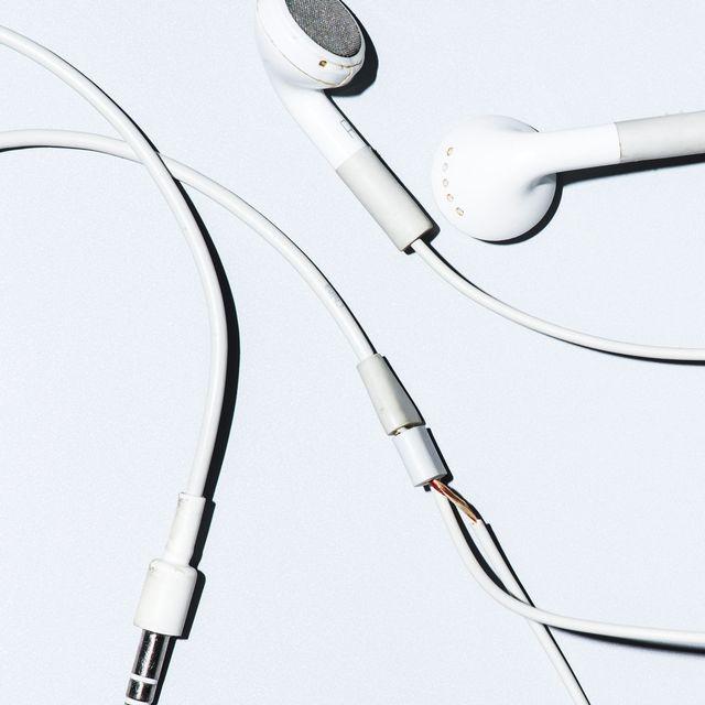 Grungy-Headphones-Gear-Patrol-Lead-Full