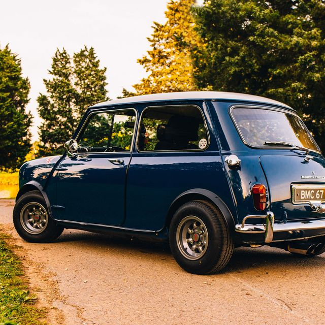 vintage-city-car-gear-patrol-full-lead