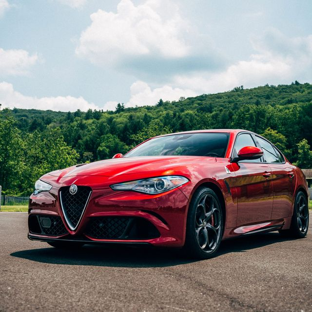 Alfa-Giulia-Gear-Patrol-Slide-2