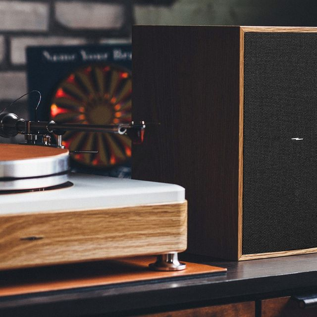 Jumpstart-Your-Record-Collection-with-Shinola-gear-patrol-full-lead