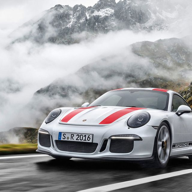 Porsche-911R-gear-patrol-full-lead