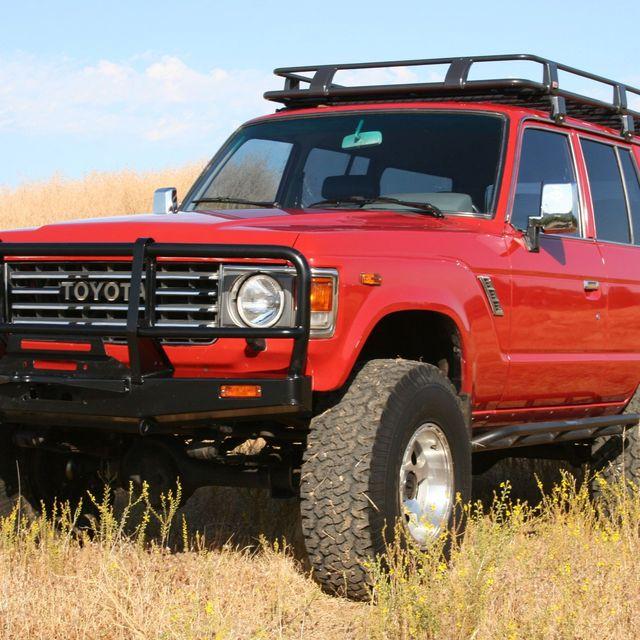 vintage-red-cars-gear-patrol-full-lead