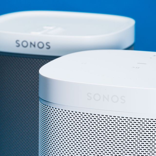 The Play:1 has a gray speaker grille on the white and black models. The Sonos One, on the other hand, is all one color. The black model is all black and the white model is all white.