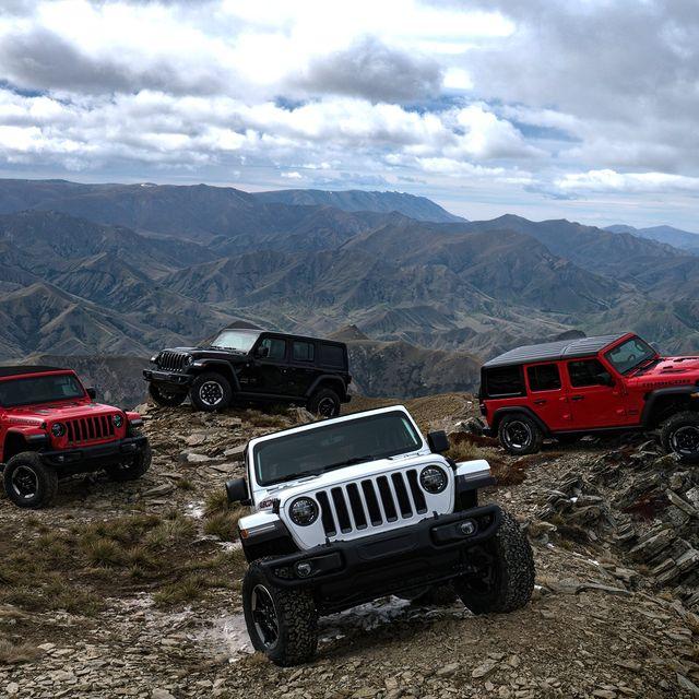 2018-Jeep-Wrangler-LA-Auto-Show-gear-patrol-1-