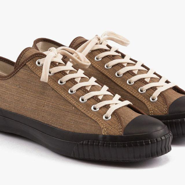canvas-sneakers-gear-patrol-full-lead