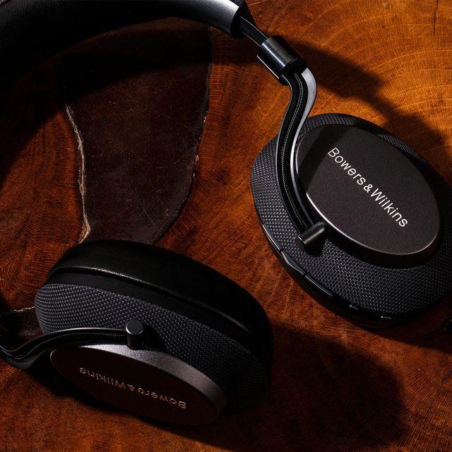 Bowers-Wilkins-PX-Headphones-gear-patrol-1