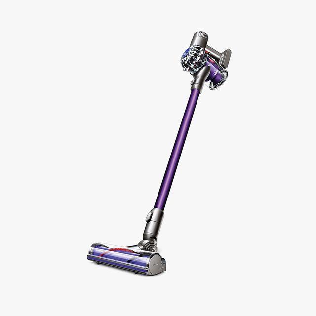 Dyson-Vacuum-gear-patrol-full-lead