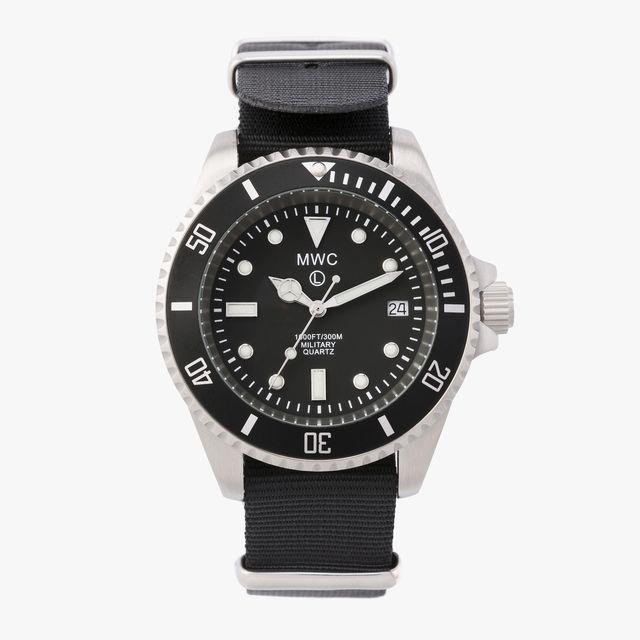 Military-Watch-Company-Diver-sale-gear-patrol-lead-full