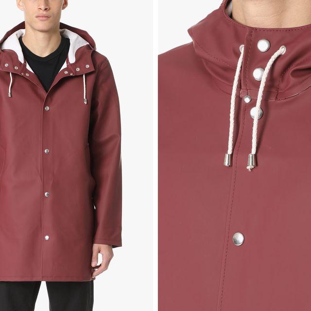 stutterheim-raincoat-gear-patrol-full-lead