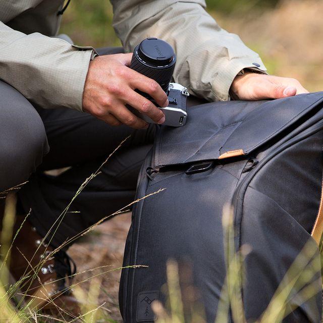 DON-gear-patrol-Peak-Everyday-Backpack-full-lead