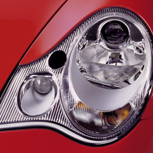 Second-Biggest-Argument-Porsche-911-gear-patrol-lead-full