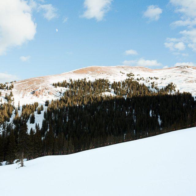 one-trip-ski-kit-gear-patrol-full-lead