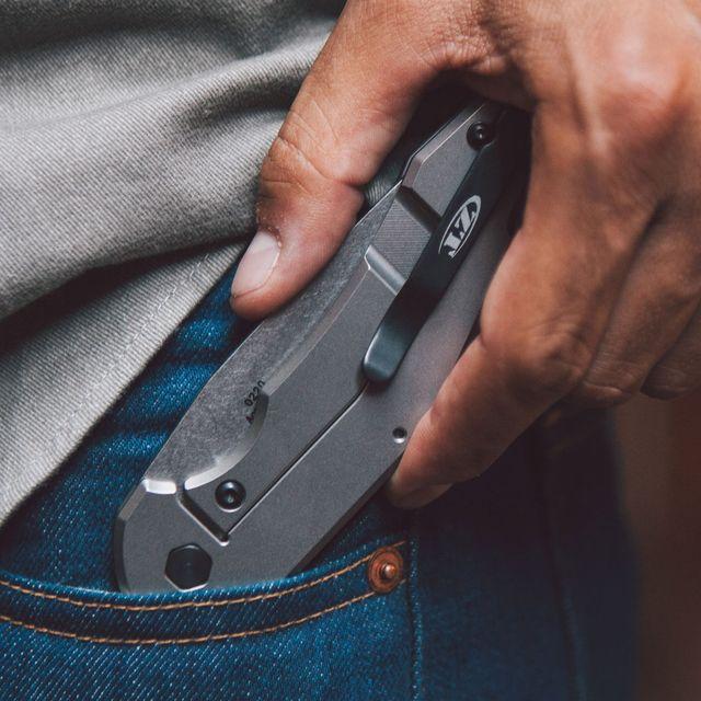 EDC-Knives-gear-patrol-full-lead