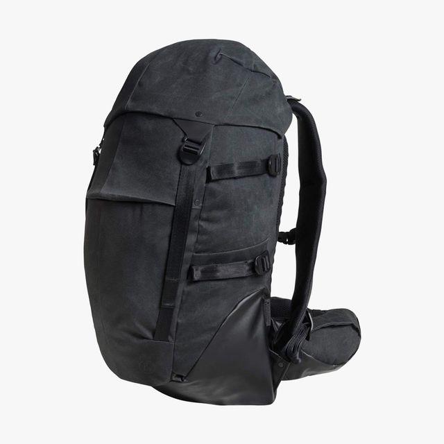 Alchemy-Equipment-Topload-Backpack-gear-patrol-full-lead