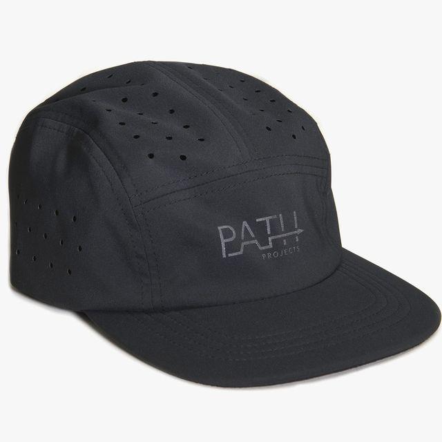 a black running hat