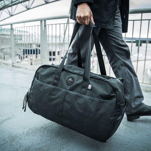 North-St-Weekender-Bag-Collection-gear-patrol-full-lead