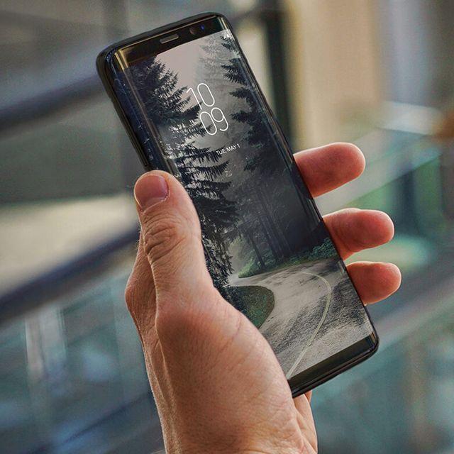 Samsung-Galaxy-S9-Cases-gear-patrol-full-lead