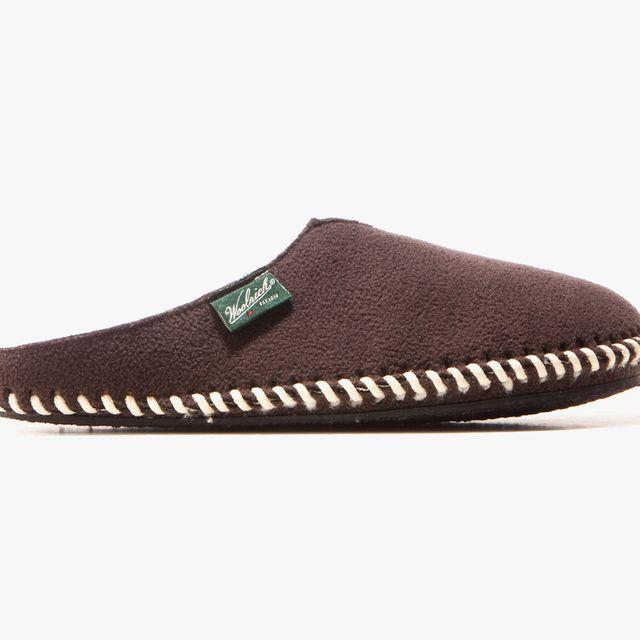 Slippers-Sale-gear-patrol-Woolrich-Slippers-full-lead