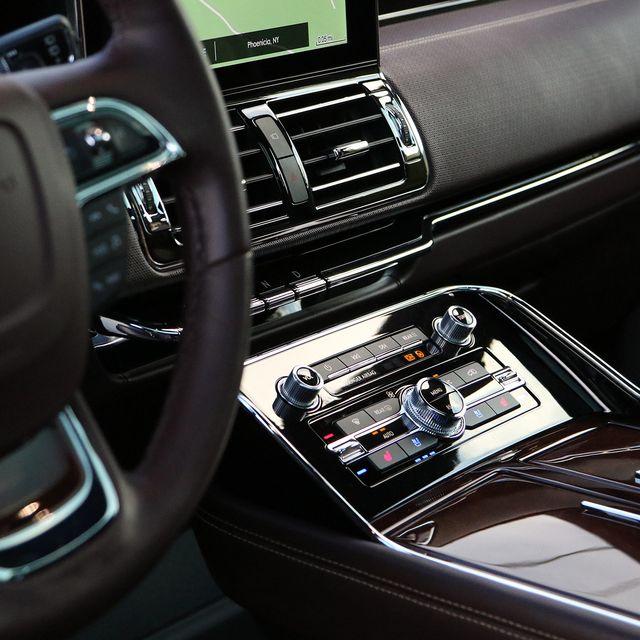 10-Best-Car-Interiors-gear-patrol-lead-full