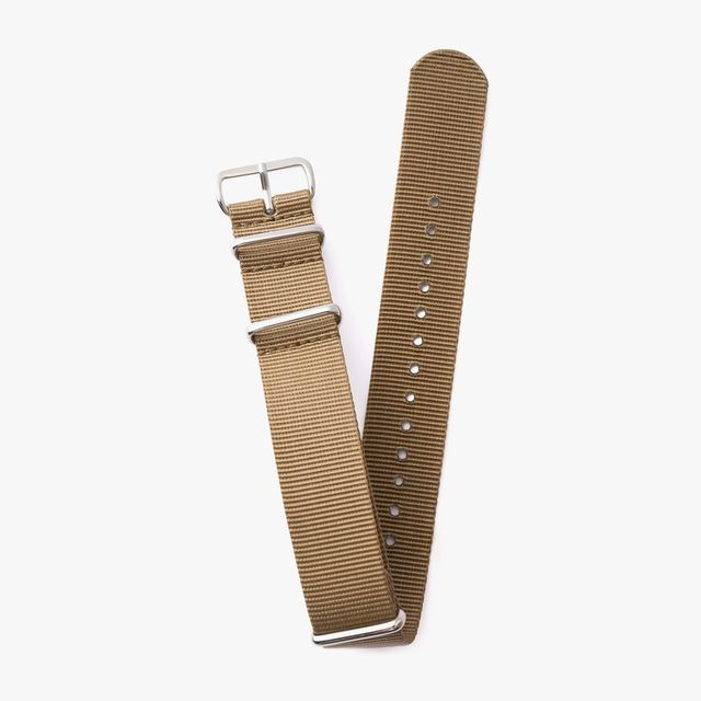 Crown-And-Buckle-NATO-Strap-gear-patrol-lead-full