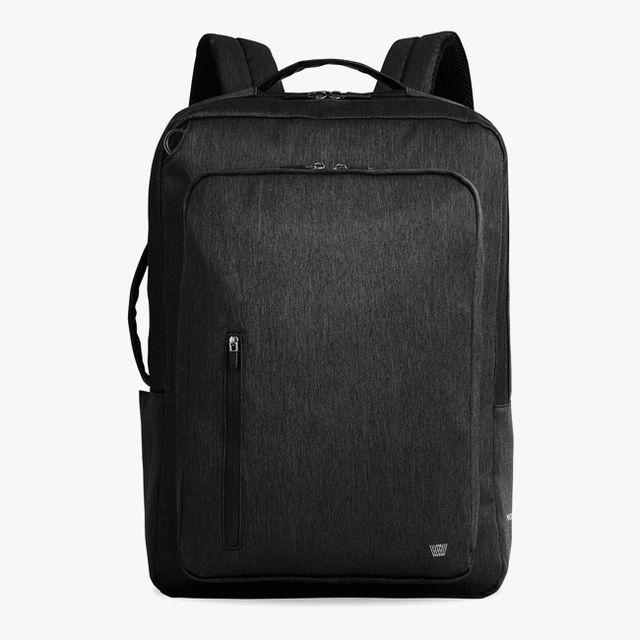 Mack-Weldon-Backpack-gear-patrol-full-lead-2