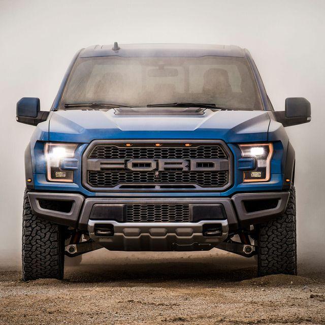 2019-Ford-Raptor-gear-patrol-slide-4