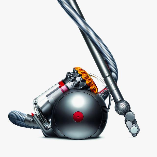 Dyson-Vacuum-Deal-gear-patrol-lead-full