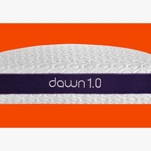 Kind-of-Obsessed-Dawn-1-0-PERFORMANCE-Pillow-gear-patrol-lead-full