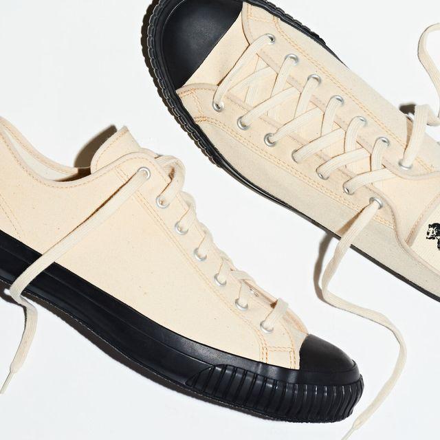 M2W-Canvas-Sneakers-Gear-Patrol-Lead-Full