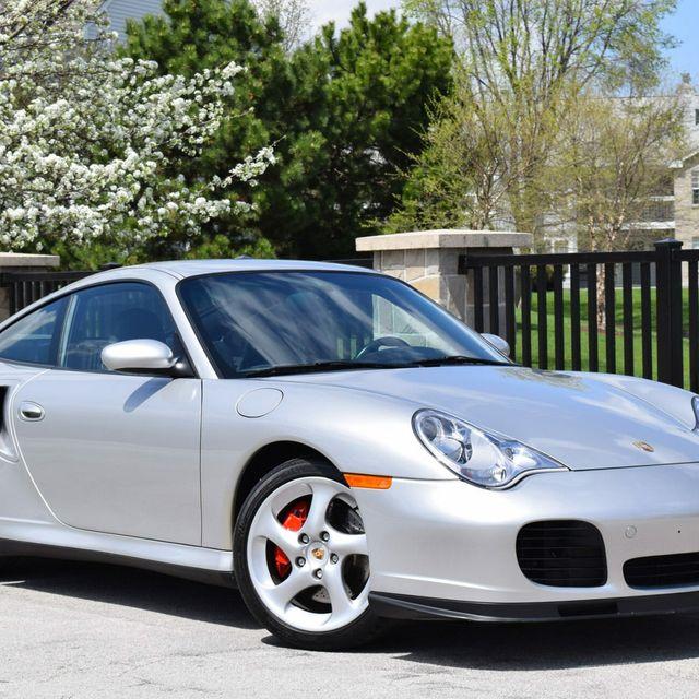 5-Low-Mileage-Porsches-gear-patrol-lead-full
