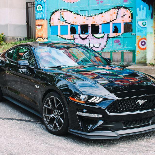 Mustang-Performance-Pack-Gear-Patrol-Slide-1