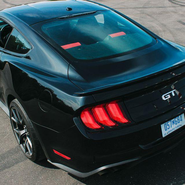 Mustang-Performance-Pack-Gear-Patrol-Slide-2