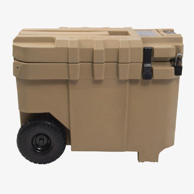 Speedbox-Endurance-40-gear-patrol-full-lead