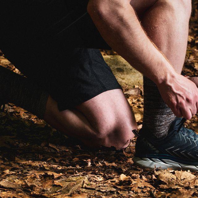 best-trail-running-shoes-2018-gear-patrol-full-lead