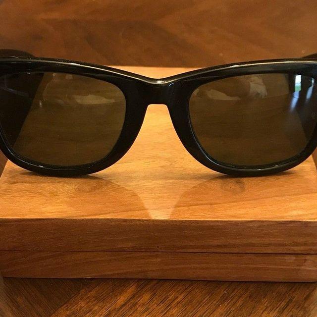 5-Pairs-of-Vintage-Sunglasses-gear-patrol-Serengeti-Strata-by-lead-full