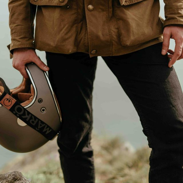 5-Stunning-Vintage-Motorcycle-Helmets-From-Boutique-Brands-gear-patrol-full-lead