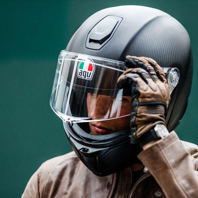 AGV-Sportmodular-Carbon-Helmet-Review-gear-patrol-lead-full