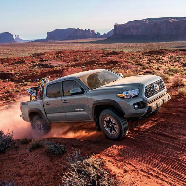 Best-Off-Roading-Truck-2018-Toyota-Tacoma-TRD-Off-Road-gear-patrol-slide-2