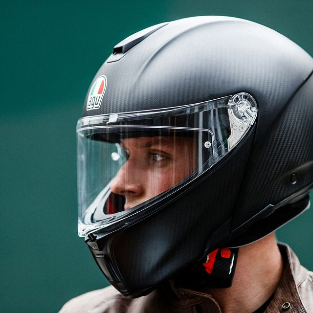 A-Simple-Guide-to-Motorcycle-Helmet-Ratings-gear-patrol-lead-full