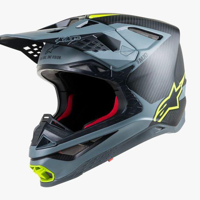 Alpinestars-Supertech-Helmet-Gear-Patrol-Lead-Full